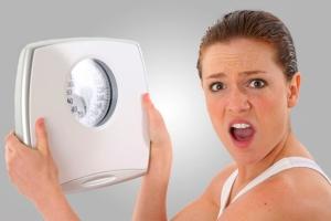 Уменьшается вес при беременности