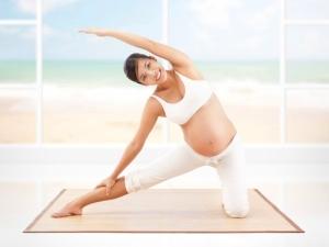 Справиться с раздражительностью поможет йога