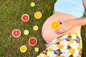 Причина сыпи на животе у беременных: аллергия