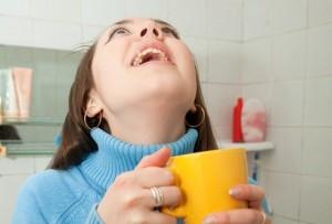 Полоскать горло фурацилином при беременности