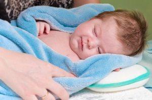 Кривошея у новорожденных: что необходимо знать