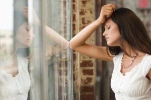 Признаки дефицита железа: раздражительность