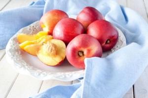 Полезные свойства нектарина при беременности