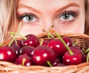 Польза вишни при беременности