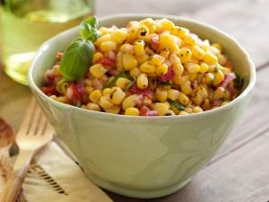 Полезные и вредные свойства кукурузы при беременности