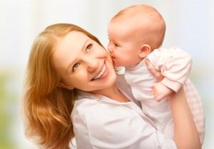 Как помочь женщине при осложнениях после родов