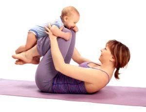 Делаем зарядку после рождения ребенка