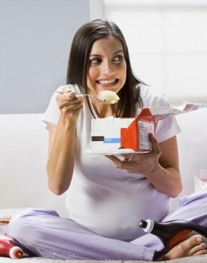 Способы употребления мороженого при беременности