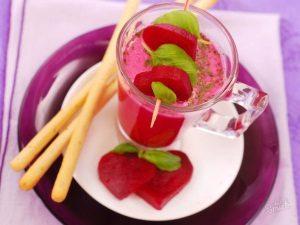 Свекольный сок при беременности: польза и вред