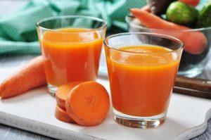 Морковный сок при беременности: польза и вред