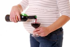 Полезные свойства красного вина при беременности