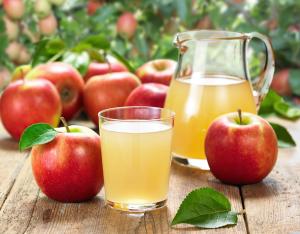 Яблочный сок при беременности: показания и противопоказания