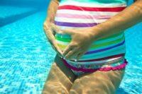 Бассейн при беременности: польза и вред