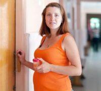 Анализ мочи покажет риск преждевременных родов