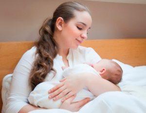 Детей, рожденных не в роддоме, предложено регистрировать через суд