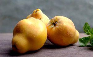 Айва при беременности: польза и вред