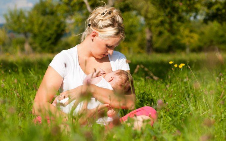 Ребенку год кормлю грудью начались месячные