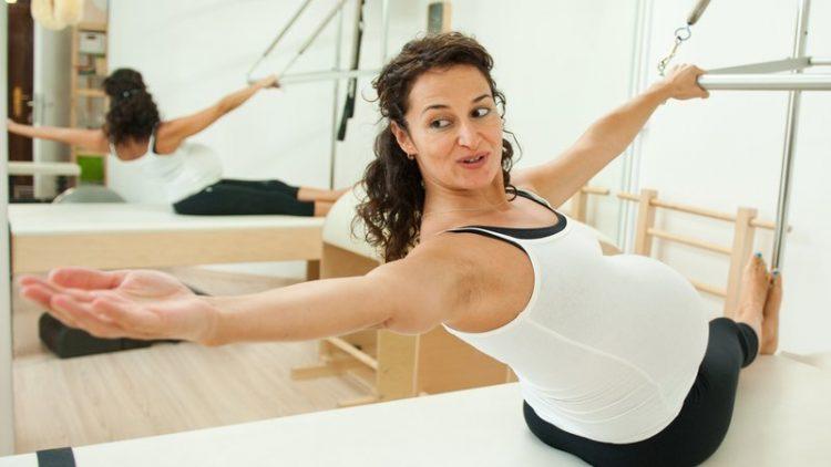 фитнес для беременных в домашних условиях
